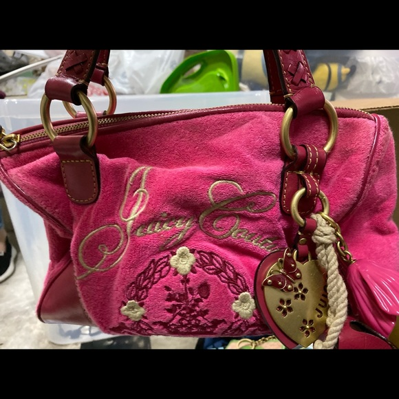 Juicy Couture Handbags - Juicy Couture Pink Purse